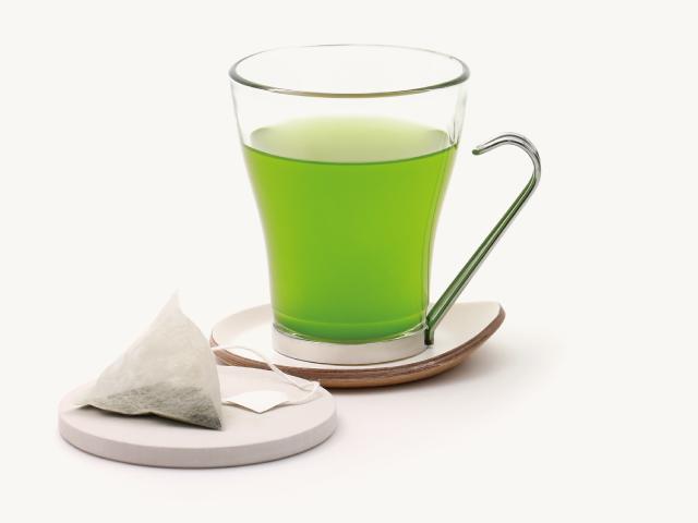 深緑色のお茶